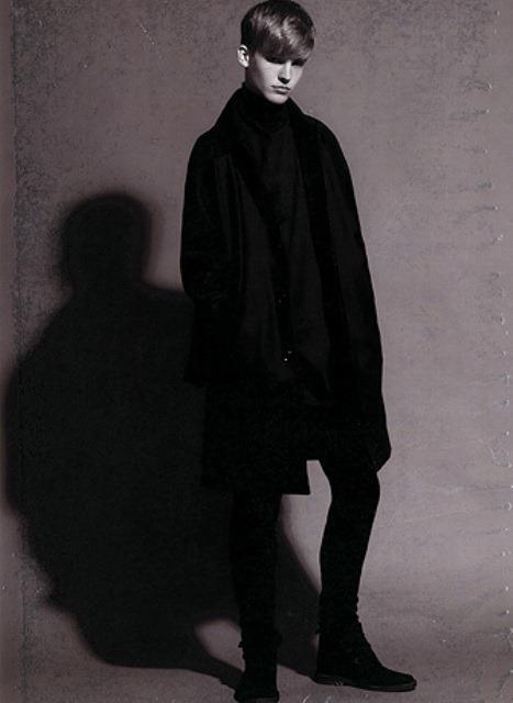 [Michael Boyd-008[2].jpg]