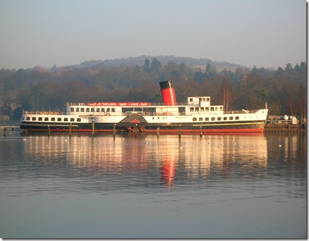 800px-Maid_of_the_Loch_side