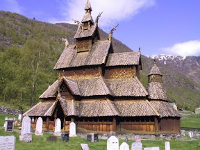 Iglesia madera de Borgund Noruega.jpg