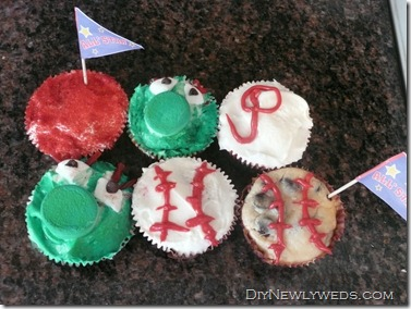 phillies_baseball_cupcakes