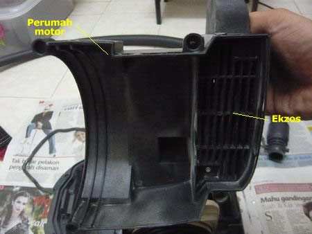 vacuum cleaner disassemble 3