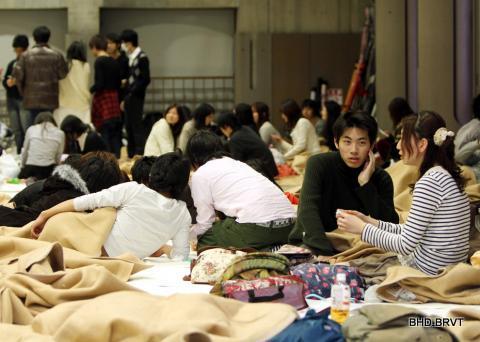 DongDat-SongThanTaiNhatBan_67.jpg