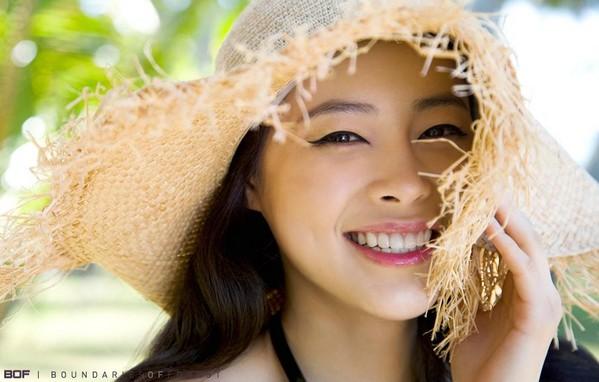 รูปภาพ ดาราเกาหลี น่ารักสดใสแบบ Heo Yi Jae