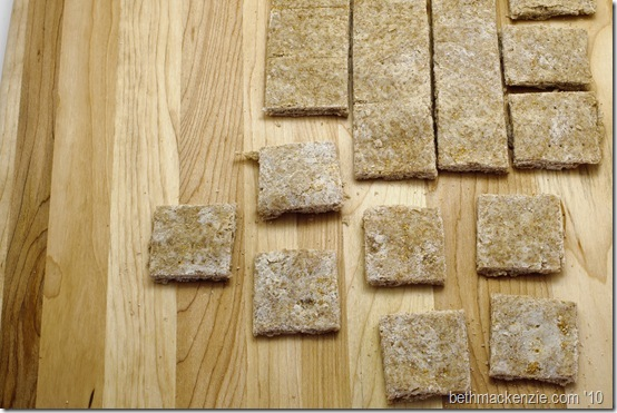 whole wheat crackers222