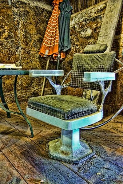 DSCF0136_chair[1]