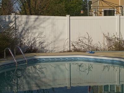 DSCF4298_f70_pool_reflect[1]
