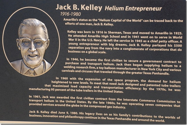 04-18-10 B Amarillo Helium Monument 007a