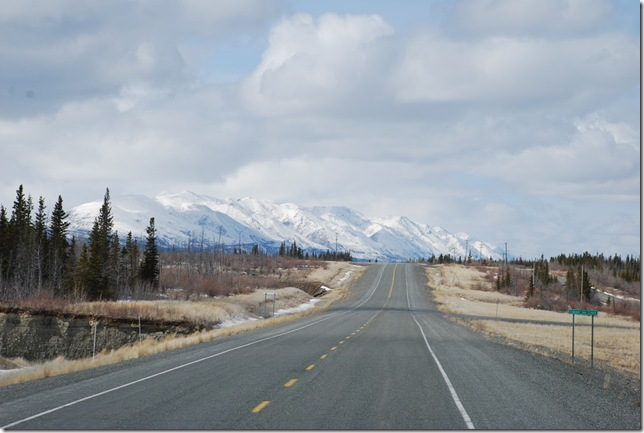 04-24-09  B Alaskan Highway - Yukon 224