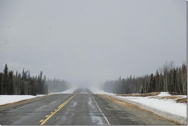 04-24-09  B Alaskan Highway - Yukon 033