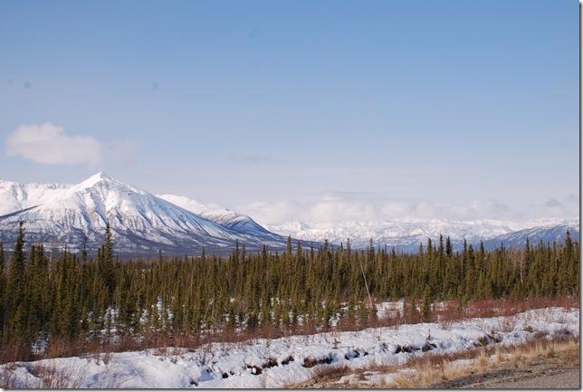 04-25-09  B Alaskan Highway - Yukon 012