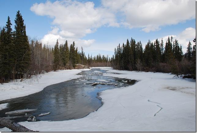 04-24-09  B Alaskan Highway - Yukon 039