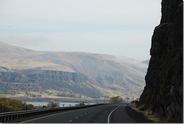 10-20-09 A Columbia River Gorge - I84 008