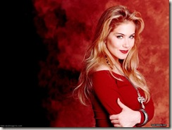 Christina-Applegate-001