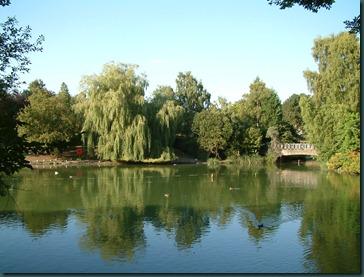 Park Lake 24-08-2003 042