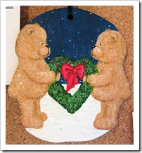 Bear Couple with Heart Wreath
