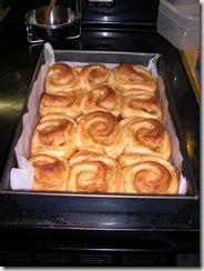 Ravioli, cinnamon buns 018