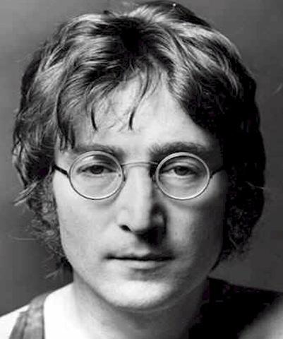 [John Lennon[10].jpg]