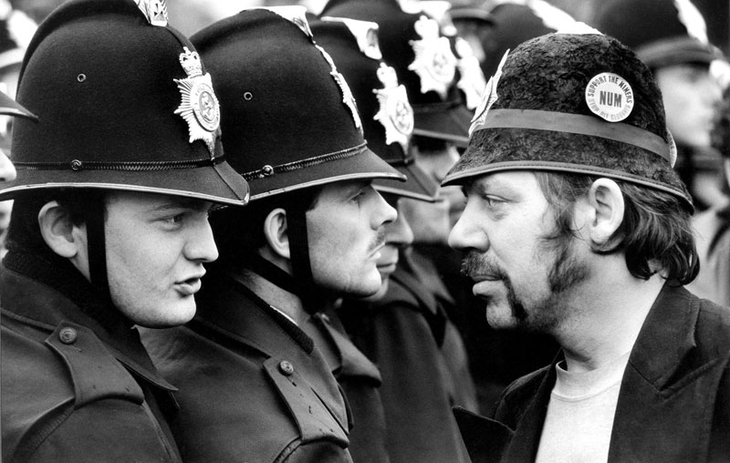 Don_McPhee_Orgreave_1984.jpg