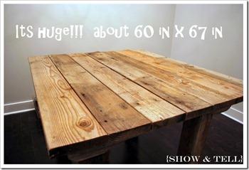 une table avec ça