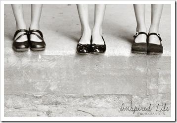 triplet feet