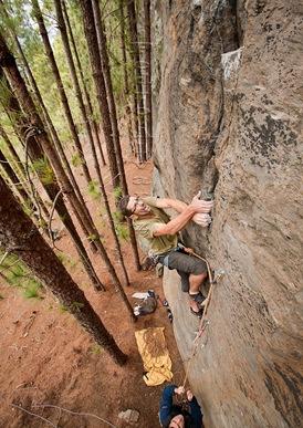 Escalada-en-canarias,-Escalada-en-tamadaba,-climb-in-canarias03