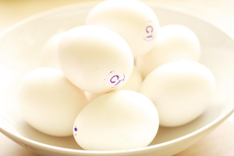 Подготовим яйца