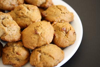 Persimmon cookies - Kirbie's Cravings