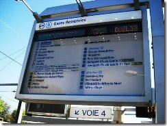 1020-Signboard-showing-the-route-and-the-arrival-time