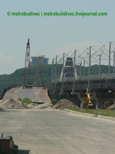 подходы к мосту заасфальтированы