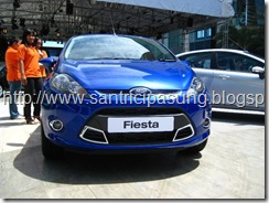 Warna ford fista Biru