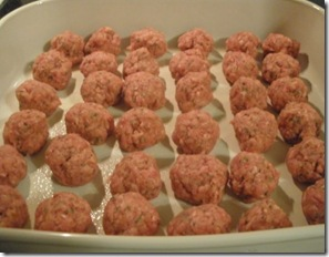meatballs in dish uncooked