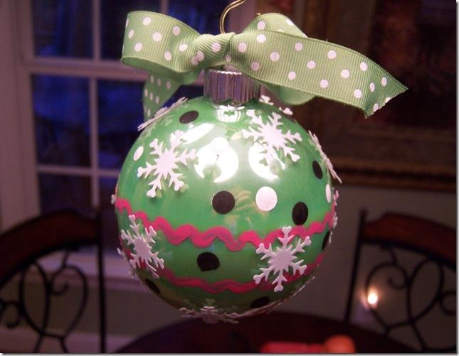 Christmas Bulb 2010 021