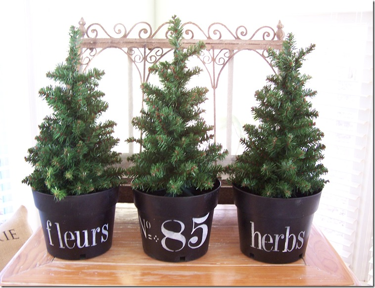 Christmas mini trees 001