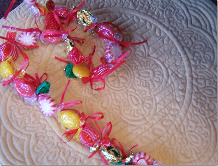 Candy garland 004