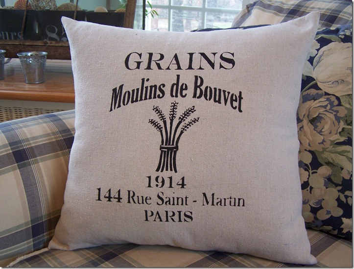 French Pillow 015