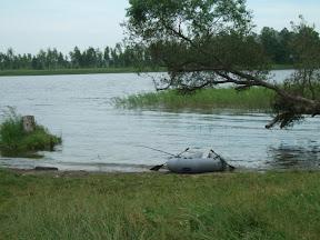 Спуск к озеру со стороны лагеря