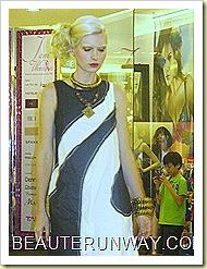 Tangs Fashion Show I am Woman 16