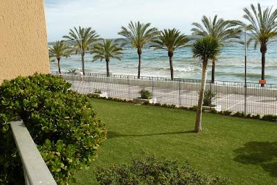 Vistas al paseo marítimo y playa