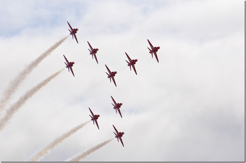 red arrows all banking in formation copy