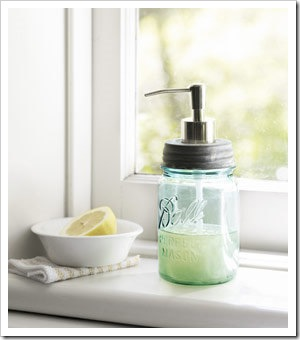 sept-crafts-mason-jar-soap-0910-de