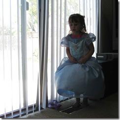 Gwen-Cinderella-dress-008