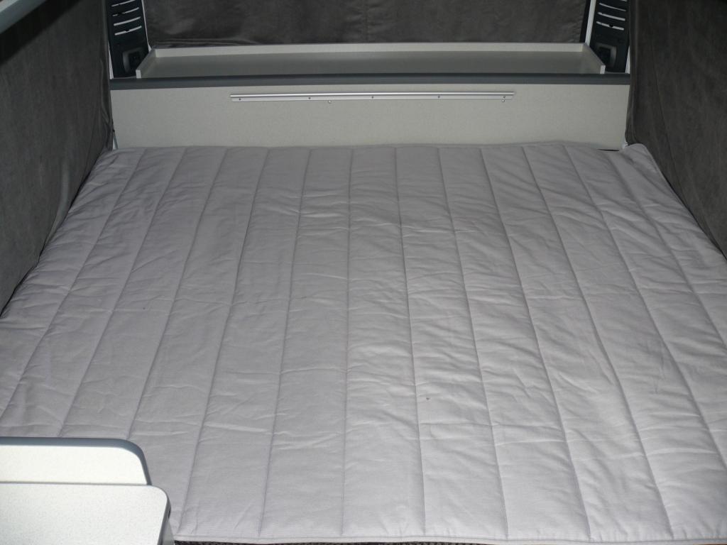 Tafel / bed   bianca