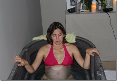 focused in tub