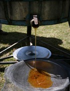 Honey filtration
