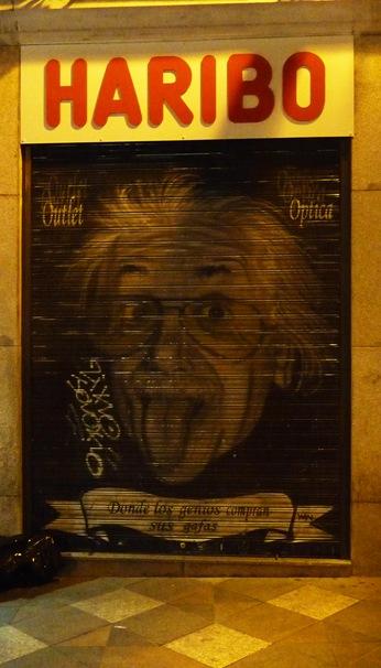 187 - Einstein é tao credível que até óculos de sol vende