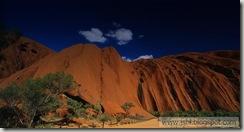 Uluru_bing
