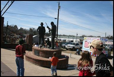 Canton statue