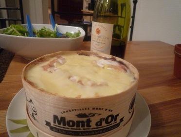 Mont d 39 or recette au four saveurs et cie - Mont d or au four ...