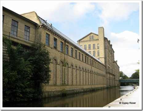 Saltaire 002