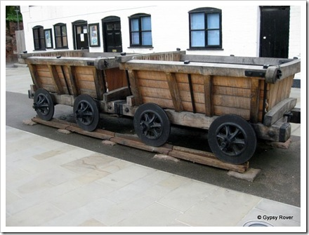 Replica's of the original tramway from Cheltenham to the docks.